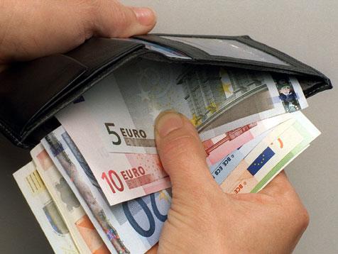 Geldstrafe F R 20 J Hrigen Neonazi